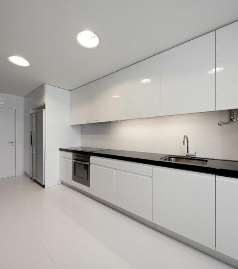 cocina moderna blanca con encimera negra cocinas Pinterest - Cocinas Integrales Blancas