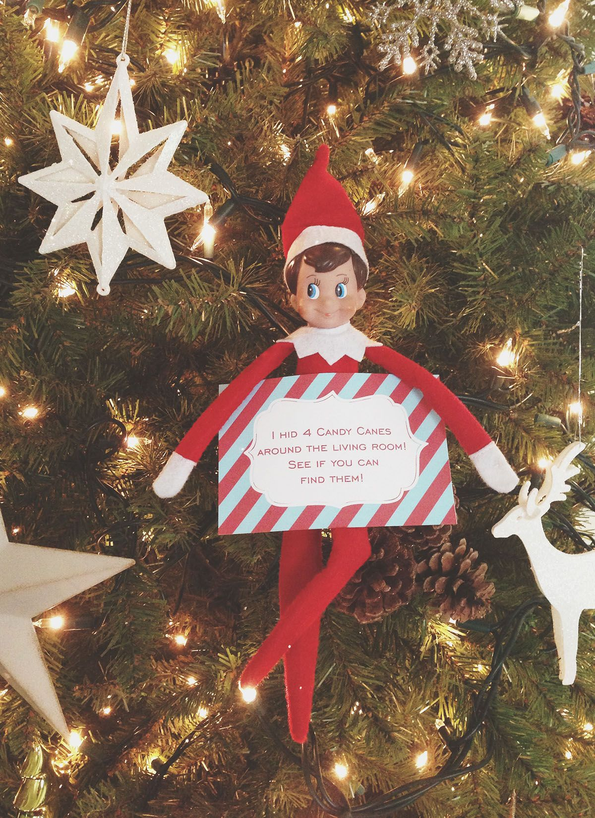 More than 40 Easy Elf on the Shelf Ideas Elf Antics