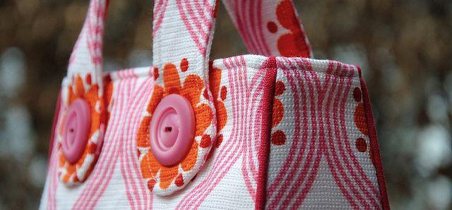 Seventies-gordijn wordt Menina by eloleo.be, via Flickr