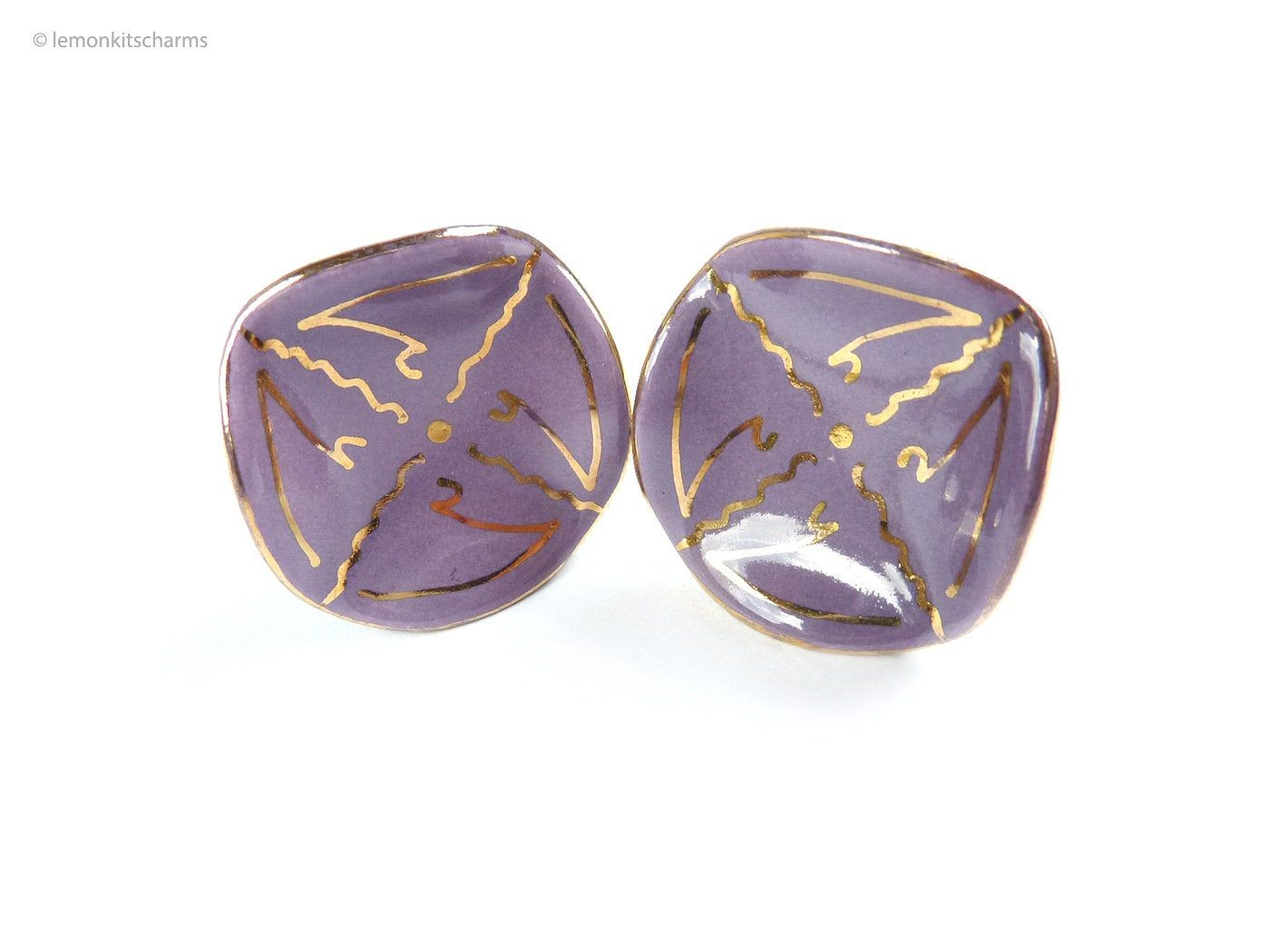 4 gold tone blue yellow purple cabochon unusual triangle shaped buttons 29mm