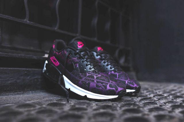 nike air max 90 jcrd mulberry fuschia 1 athletic sneakers