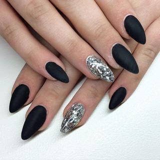 Black And Silver Stiletto Nails