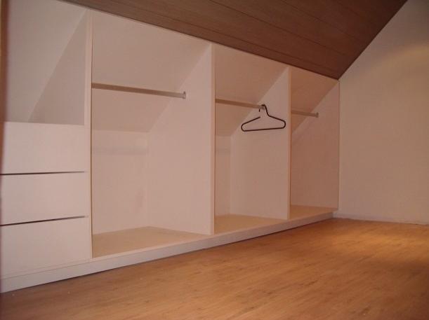 Kast onder schuine wand interieur pinterest attic attic rooms