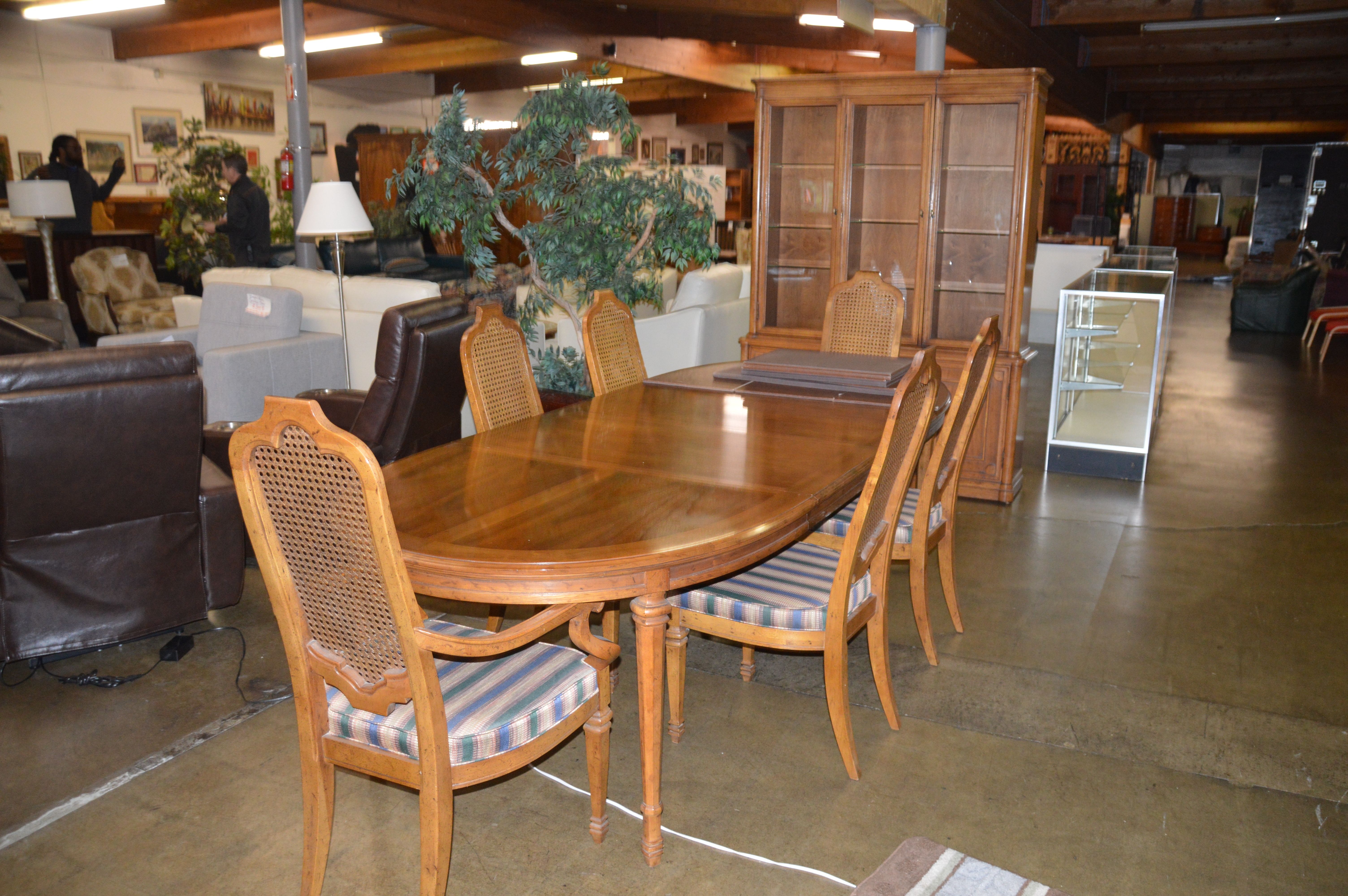 This Is A Heritage Dining Room Set. This Is A Quality American Made Set Of