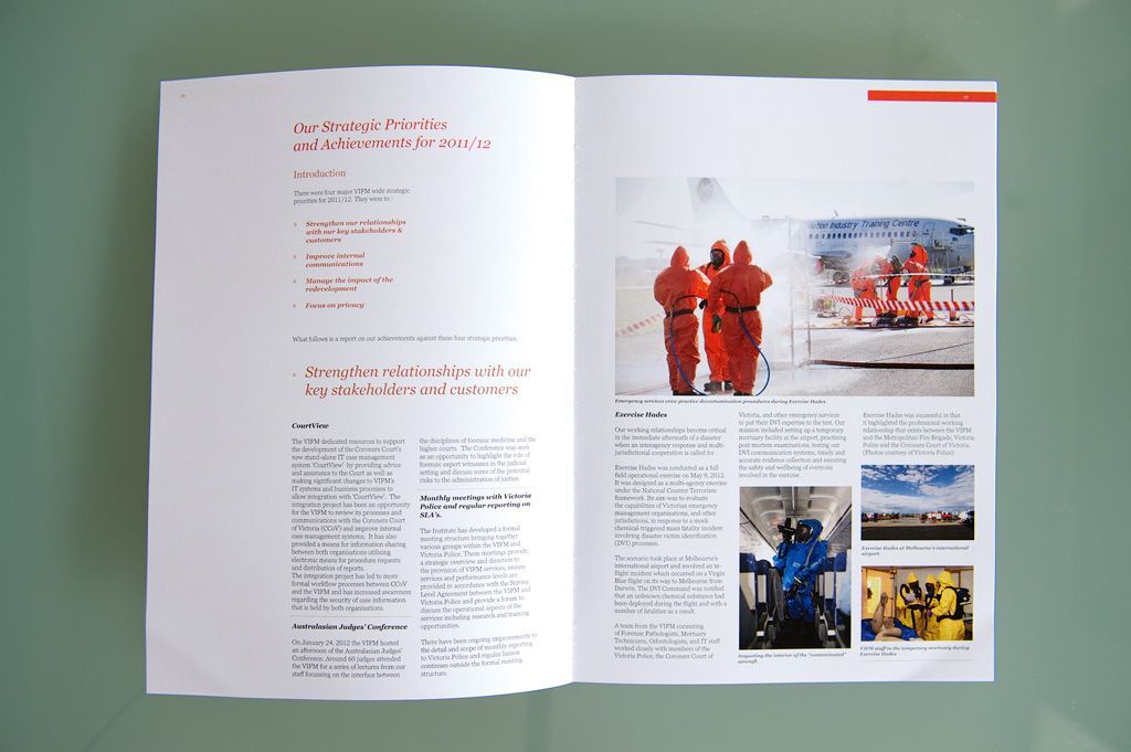 Annual Report  Brochure design for the Institute of Forensic - Forensic Report