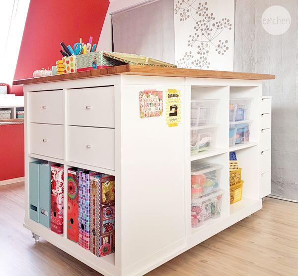 ikeahack zuschneidetisch aus kallax auf rollen im. Black Bedroom Furniture Sets. Home Design Ideas