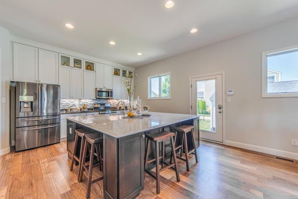 3416 W Greensmith St Saint Charles Mo 63301 Realtor Com New Homes House Home