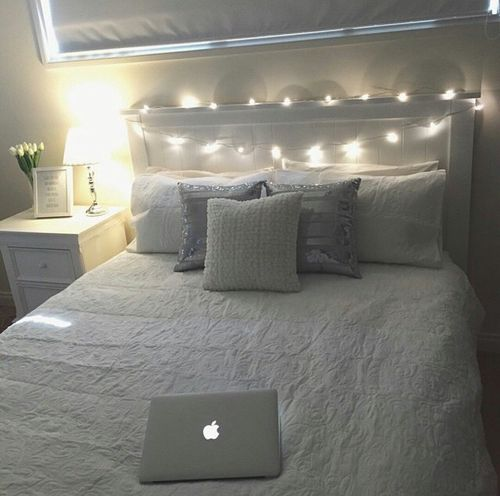 Use White Decor And White Lights To Create A Simple Elegant