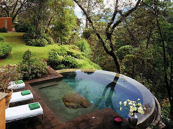 Landscape plans sloping back yard landscape design ideas for Outdoor garden pool