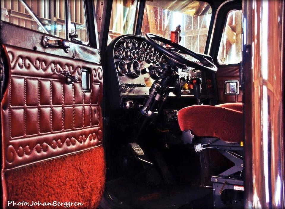 1987 Peterbilt Classic 359 68 Interior Peterbilt Trucks