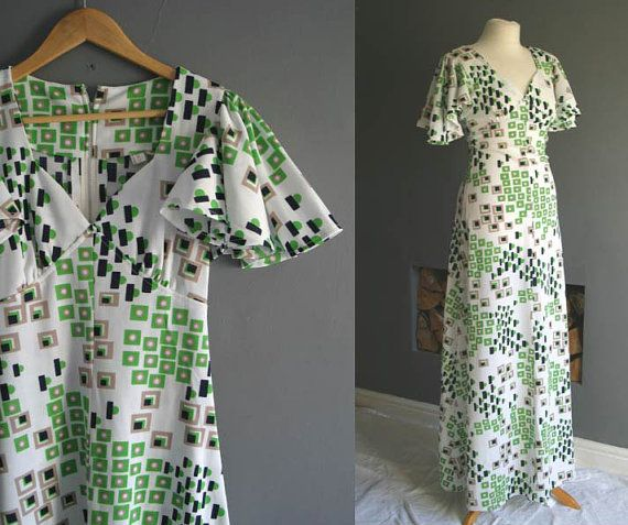 Hey, I found this really awesome Etsy listing at https://www.etsy.com/listing/220649255/70s-flutter-sleeve-maxi-dress-xs