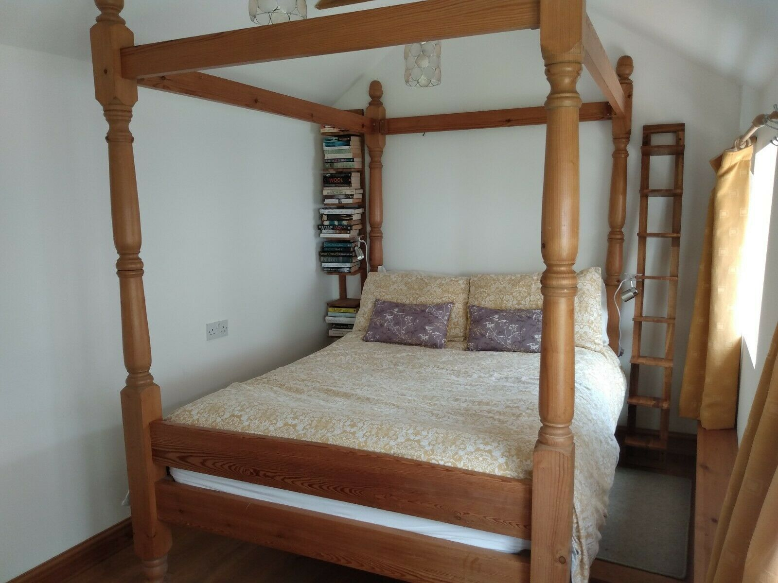 Double Four Poster Bed In 2020 Four Poster Bed Frame Four Poster Bed Four Poster