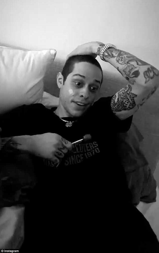 Pete Davidson Pete Celebrities Beautiful Men