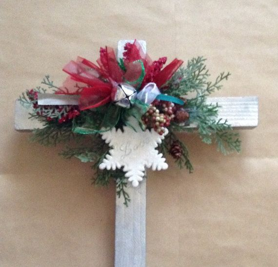 Wooden memorial cross for grave decoration roadside for Grave decorations ideas