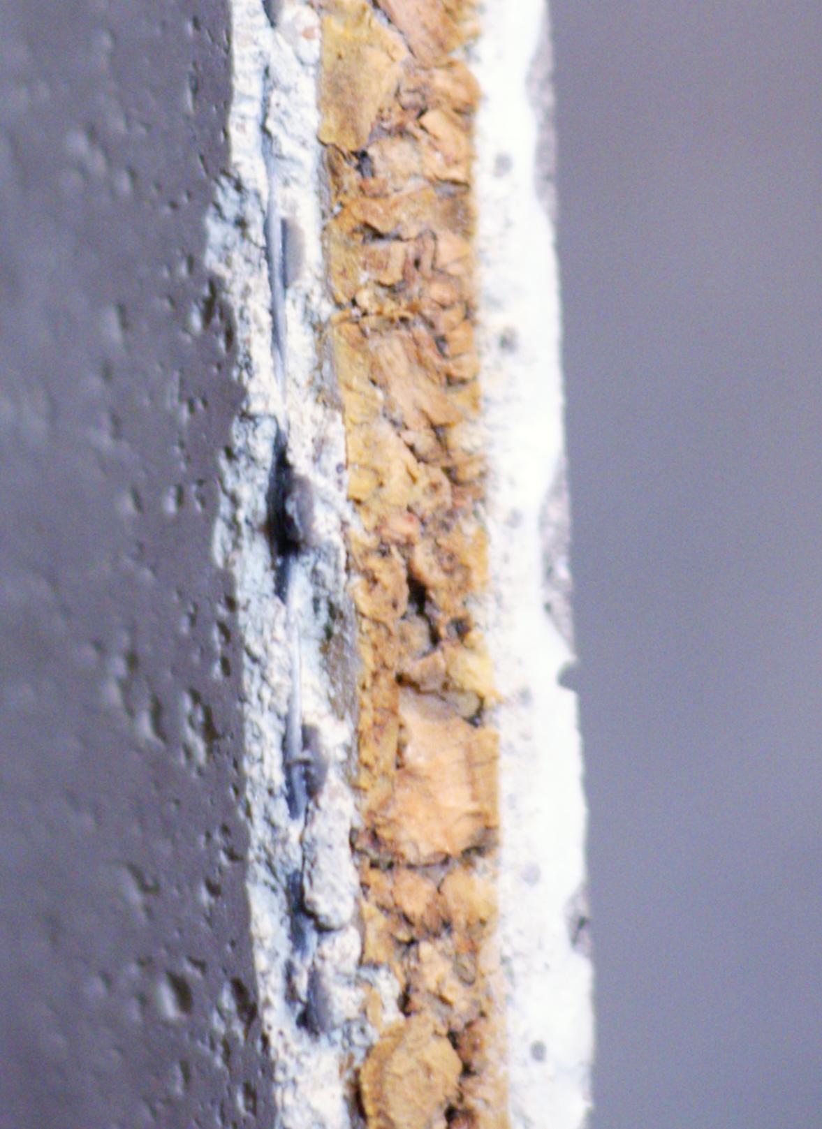 querschnitt einer kork-putz-f… | wandfliesen mit putzoberfläche und