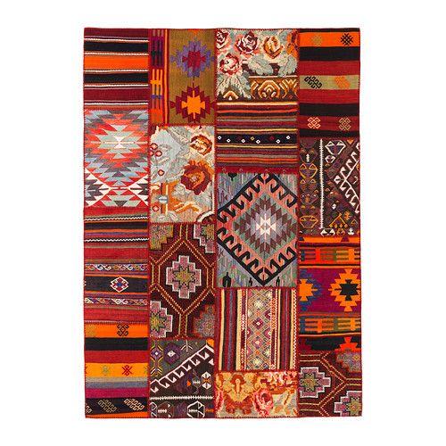 silkeborg tapis tiss plat ikea ce tapis est unique car compos de chutes d 39 anciens tapis. Black Bedroom Furniture Sets. Home Design Ideas