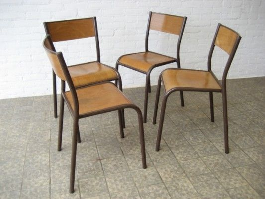 french-wooden-school-chairs-set-of-4-01 & french-wooden-school-chairs-set-of-4-01   Gamle skole-stoler ...