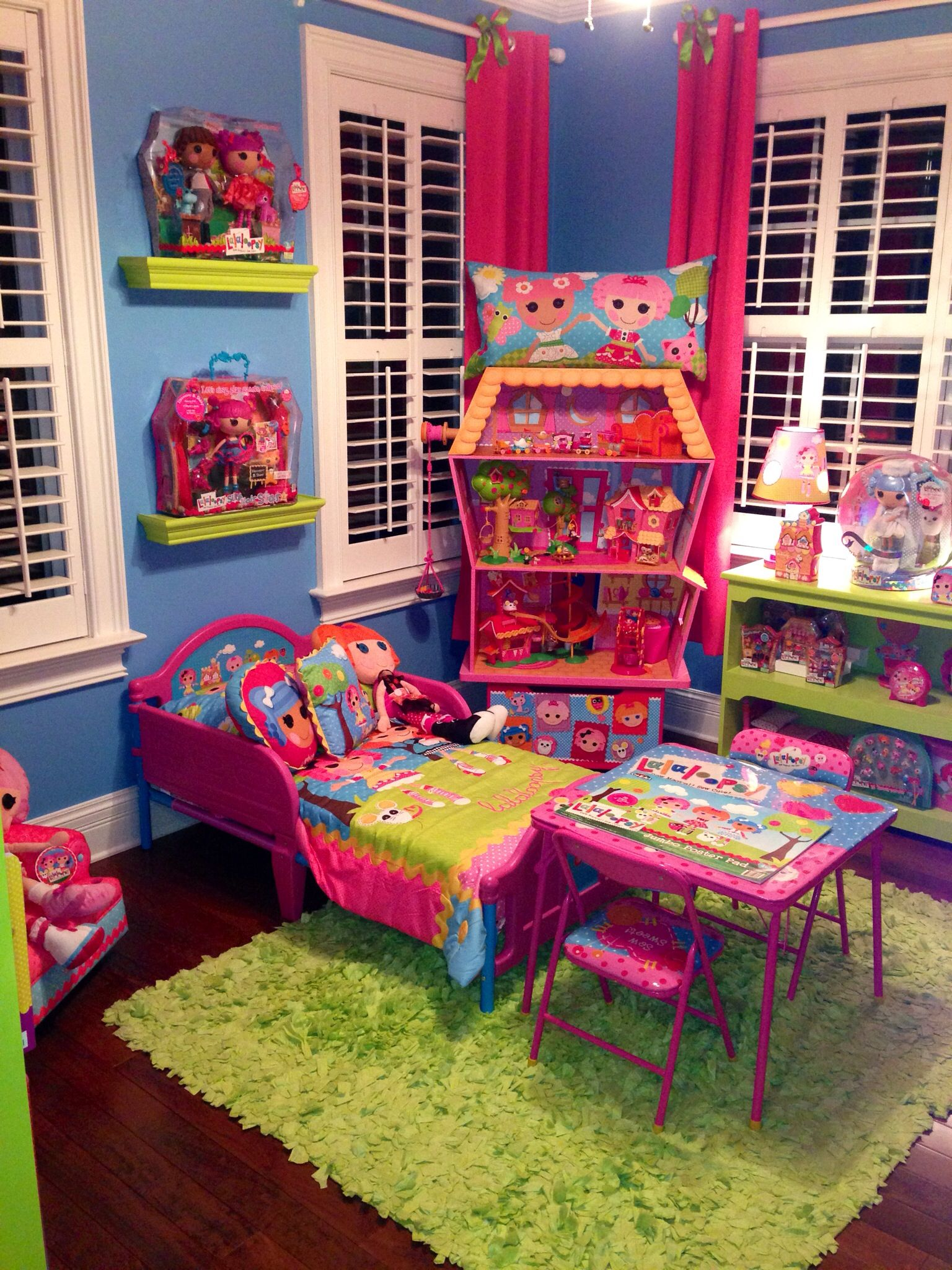 Lalaloopsy Bedroom Decor Lalaloopsy Bed And Table Lalalovely Living Pinterest Green