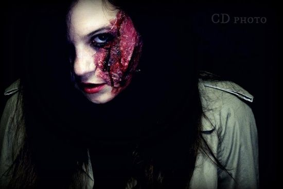Halloween Makeup DIY by Michelle Phan! really easy! took like...45 min