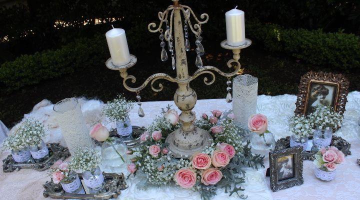 Candelabro vintage espejos antiguos velas frascos for Espejos para mesa
