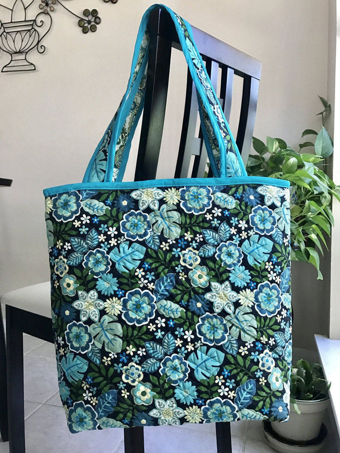 Vera Bradley style quilted tote, quilted bag, carry on