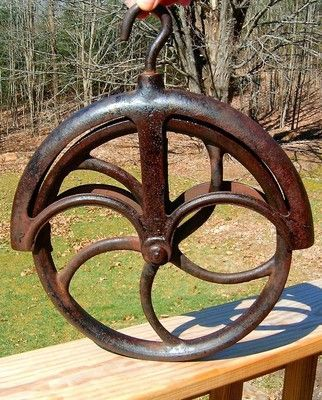 Antique 12 Well Wheel Pulley Pully Cast Iron Rope Gaurd Hanging Hook Very Fine Rustic Outdoor Decor Antiques Pully