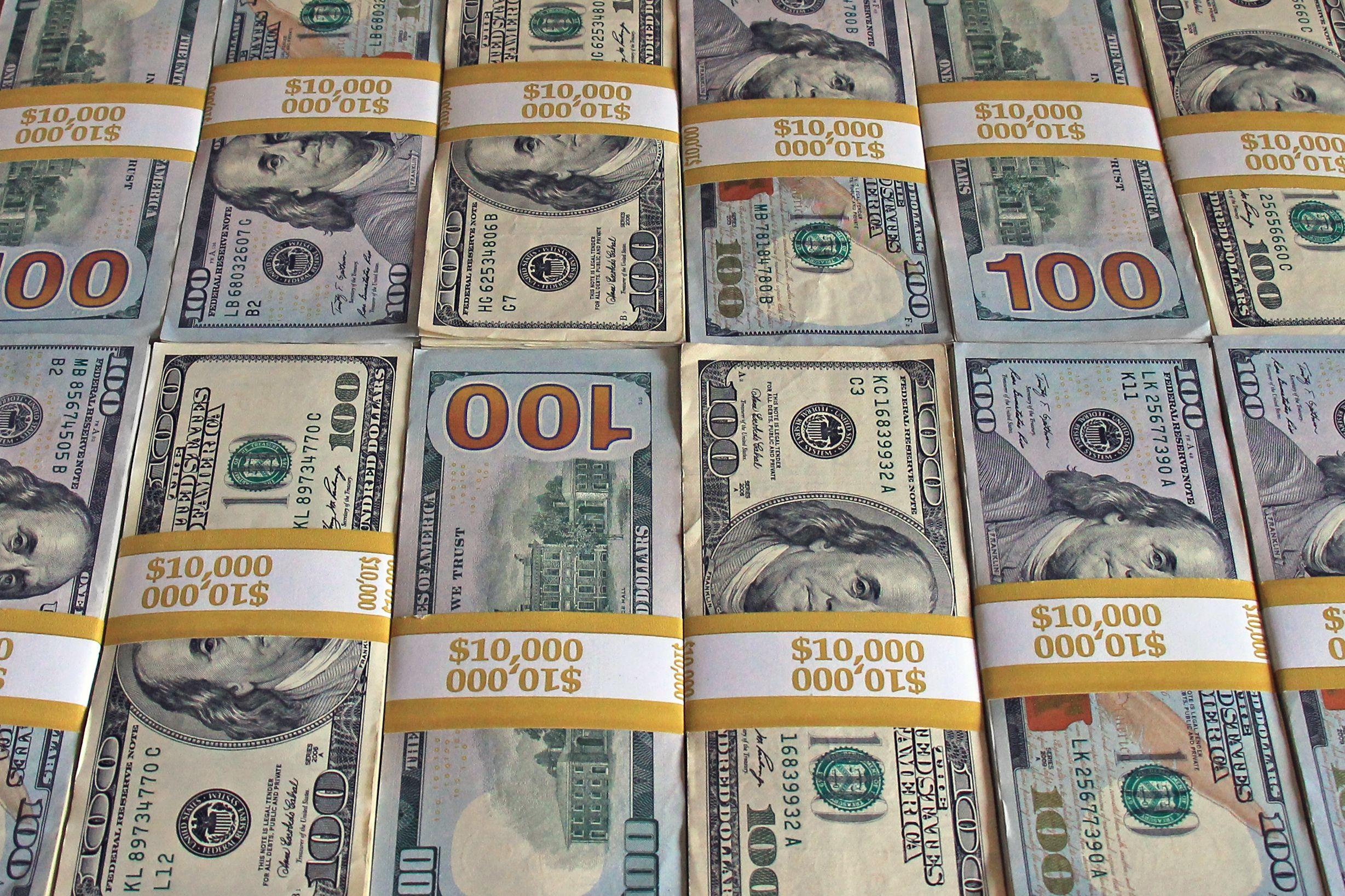 Big Money 100 Dollar Stacks For Your Motivation Enjoy With
