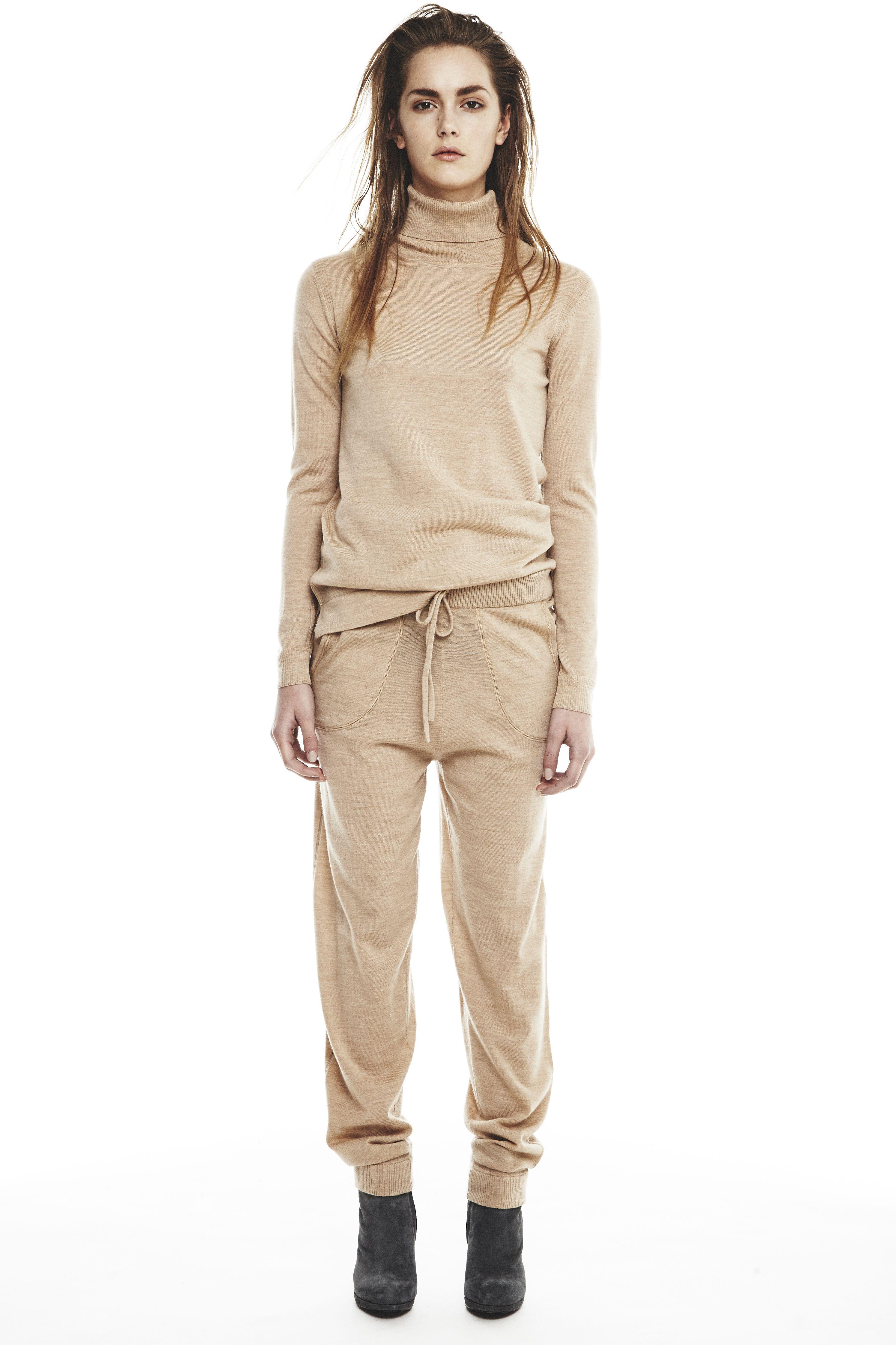 House of Dagmar AW15 I Annabella merino roll neck sweater new & Amali merino trouser new