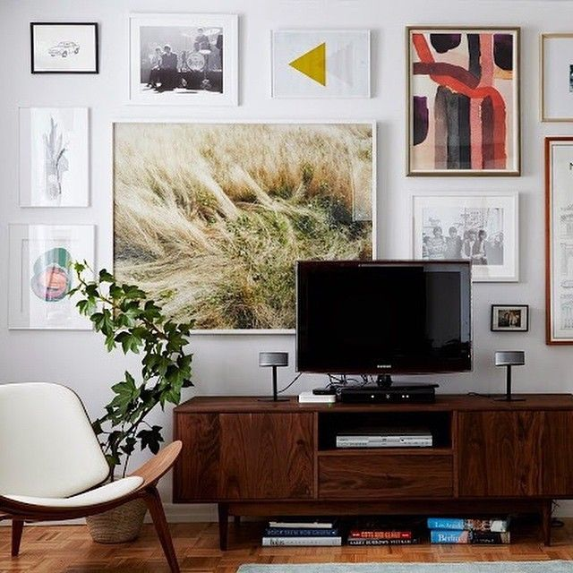 Researching best online art resources for a  big old post. I think I know most of them but comment and tag if you have one that is lesser known but good.  @ryanliebe (and that living room is @joannagoddard's that I designed last year, all known artists are tagged)