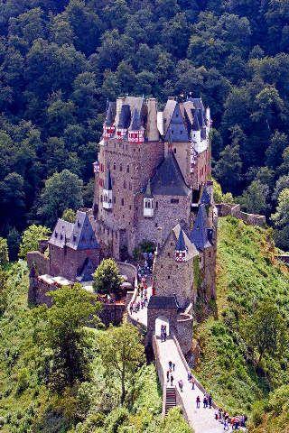 Foto Kunstdruck Bei Wierschem Burg Eltz Mosel Region Juli 2007 Von Prisma F1 Online Auf Glossy Normal Castello Castelli Xii Secolo