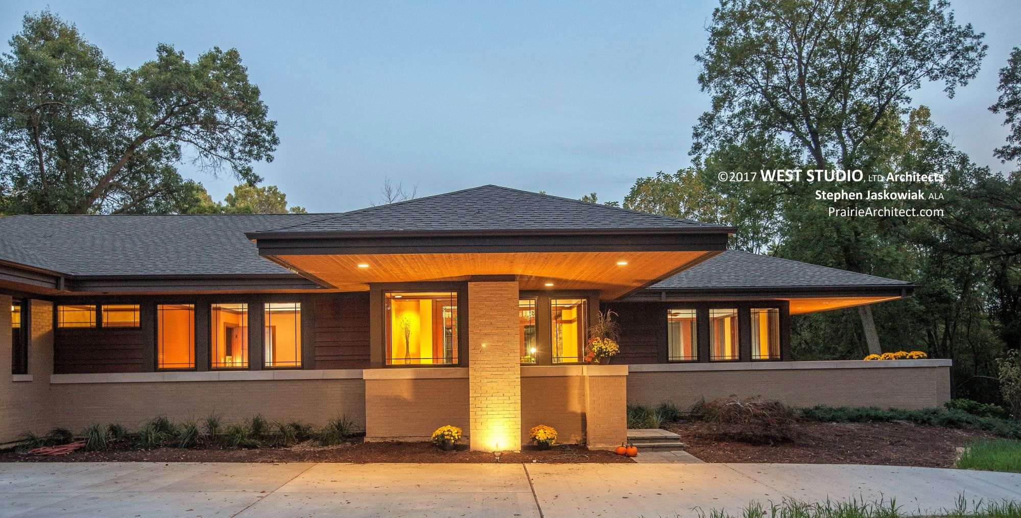 What Classifies A House Style What Makes A Contemporary Home House Styles Modern Architecture House House Architecture Design