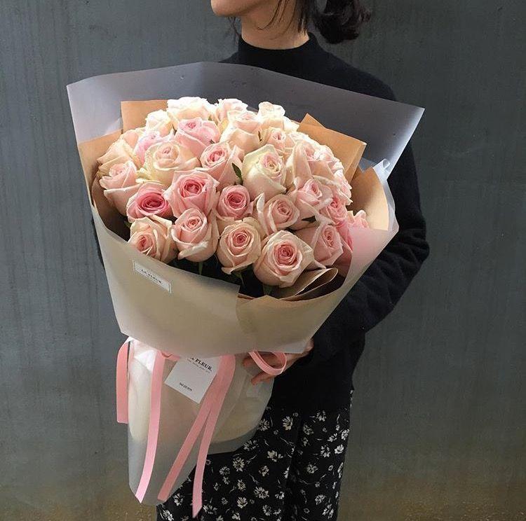 Pin By Nastya Pimenova On Bukety Flowers Bouquet Flower Shop Blooming Flowers