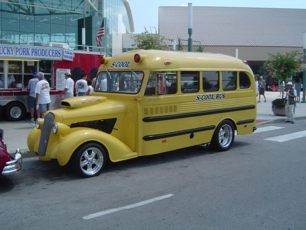 nsra louisville 2014 Google Search Old school bus, Bus