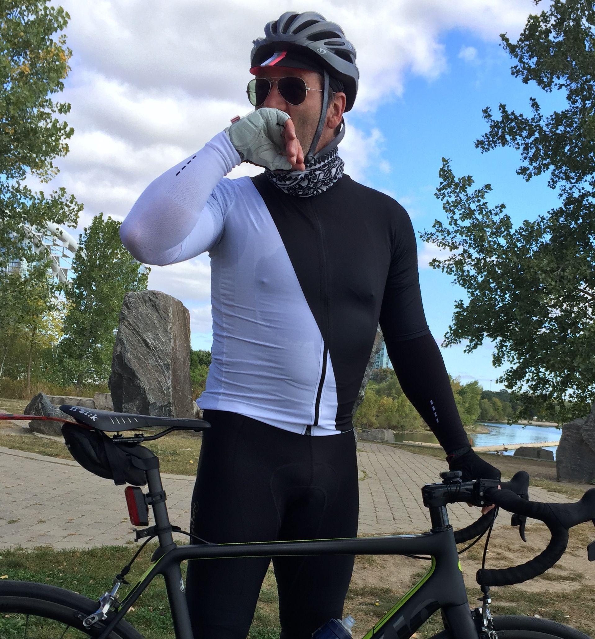 Pin by Pascal on Cyclist man Riding helmets, Fashion, Helmet