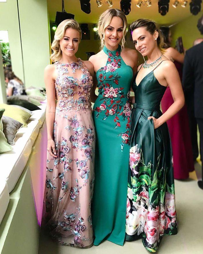 16b3f0c63 Madrinhas de Vestido Floral: Dicas para Apostar nas Estampas ...
