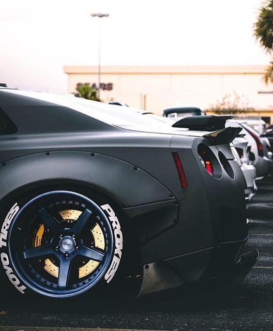 Nissan gtr vehiculos coches motor velocidad coches for Motores y vehiculos phoenix