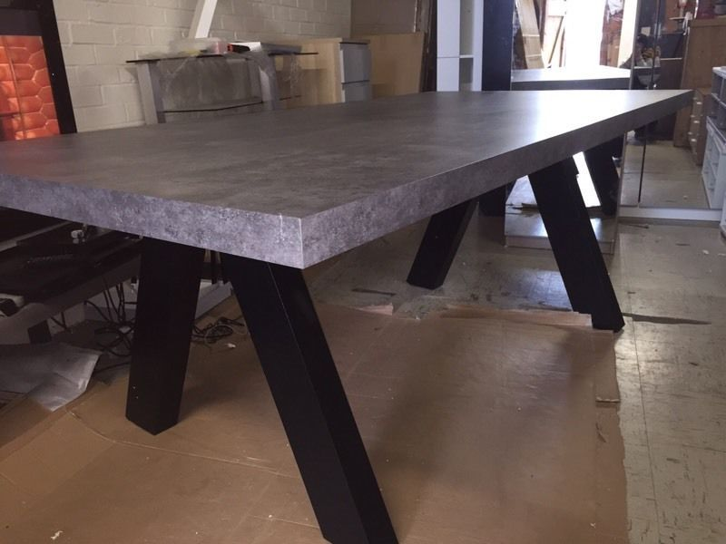TemaHome Apex Dining Table NEW!! Just Assembled Measurements: H 76 Cm / W