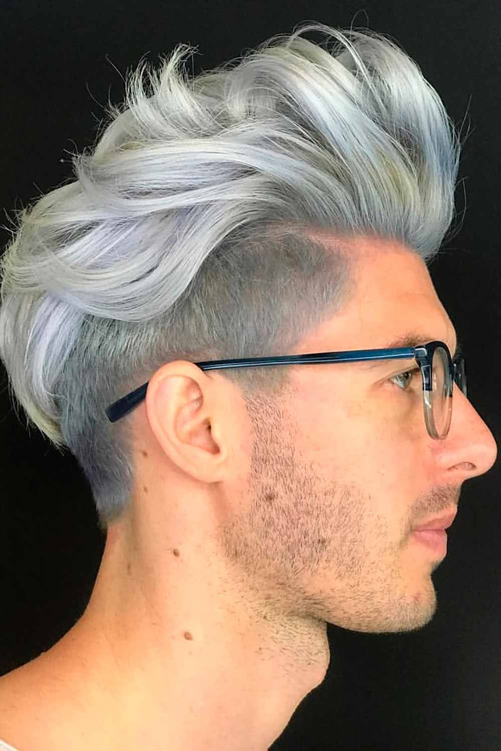 The Full Guide For Silver Hair Men How To Get, Keep