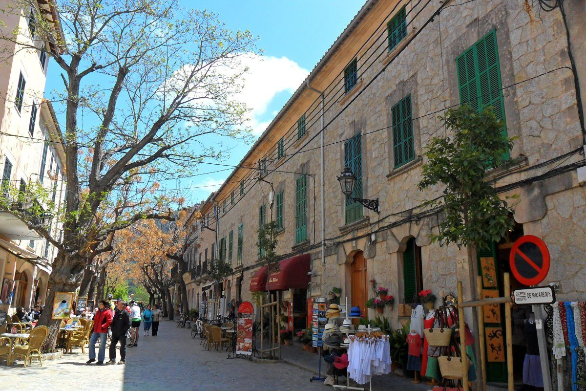 building_architecture_majorca_spain_tour_city_kamienica_tourism-779560.jpg!d (1200×800)