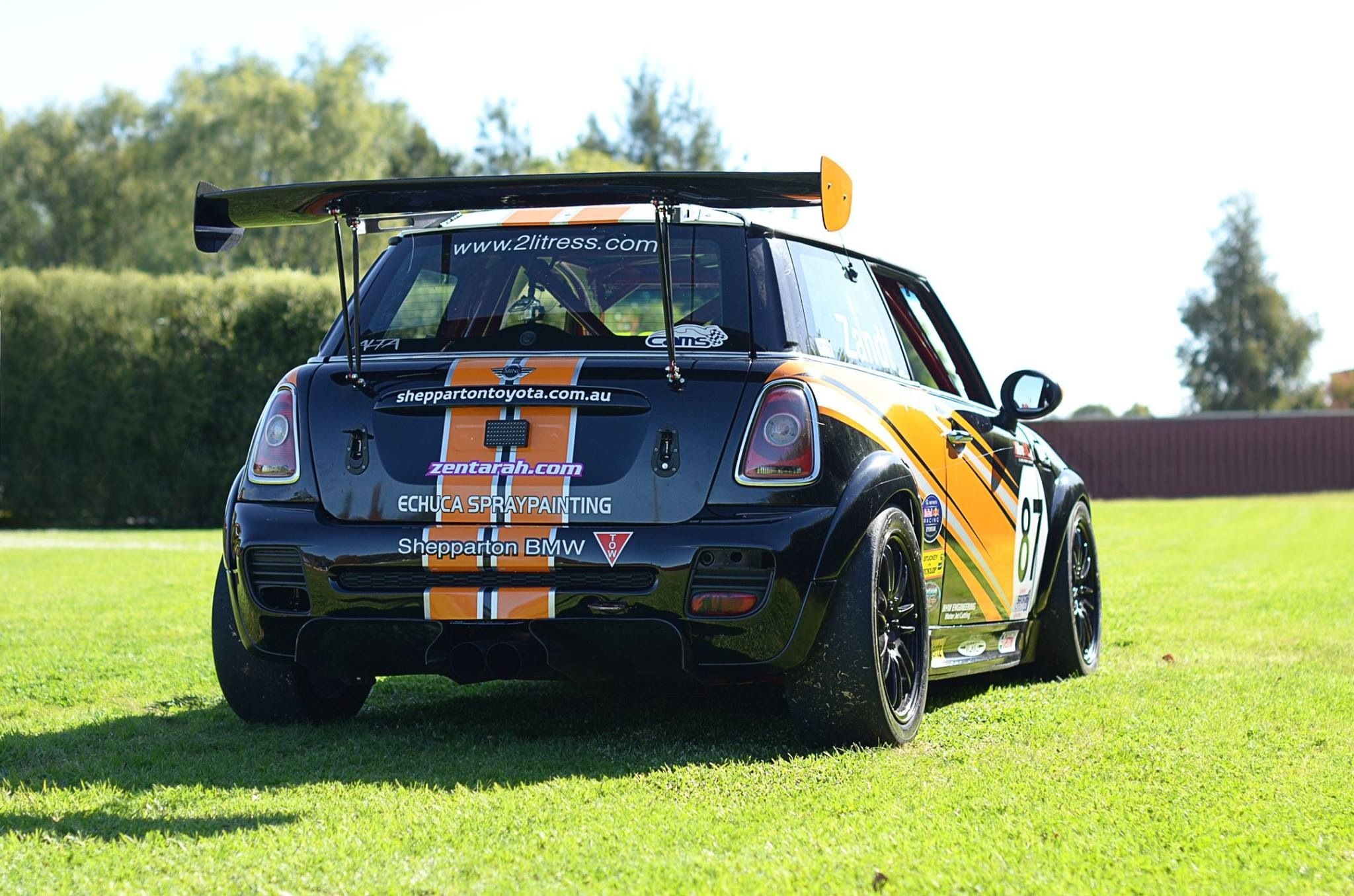 Mini And Carbon Rear Wing Minis Cars And Auto Motor