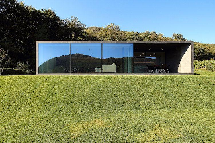 berdachte terrasse auf der s dseite des hauses architecture pinterest zeitgen ssische. Black Bedroom Furniture Sets. Home Design Ideas