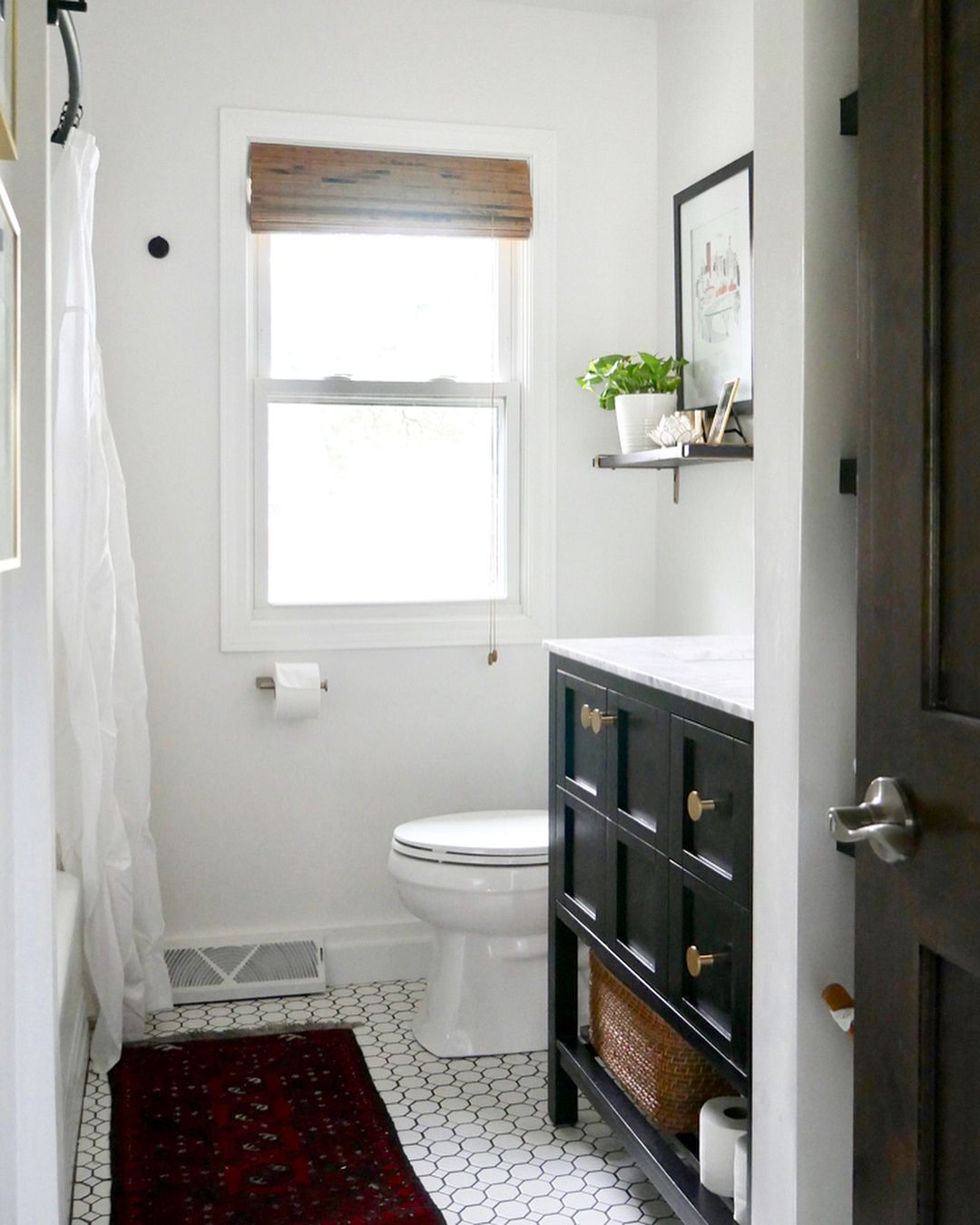 Layout Vanity Sink Closest To The Door Toilet Next To It On Same Wall And Tub On Opposite Small Bathroom Renovation Small Bathroom Remodel Bathrooms Remodel