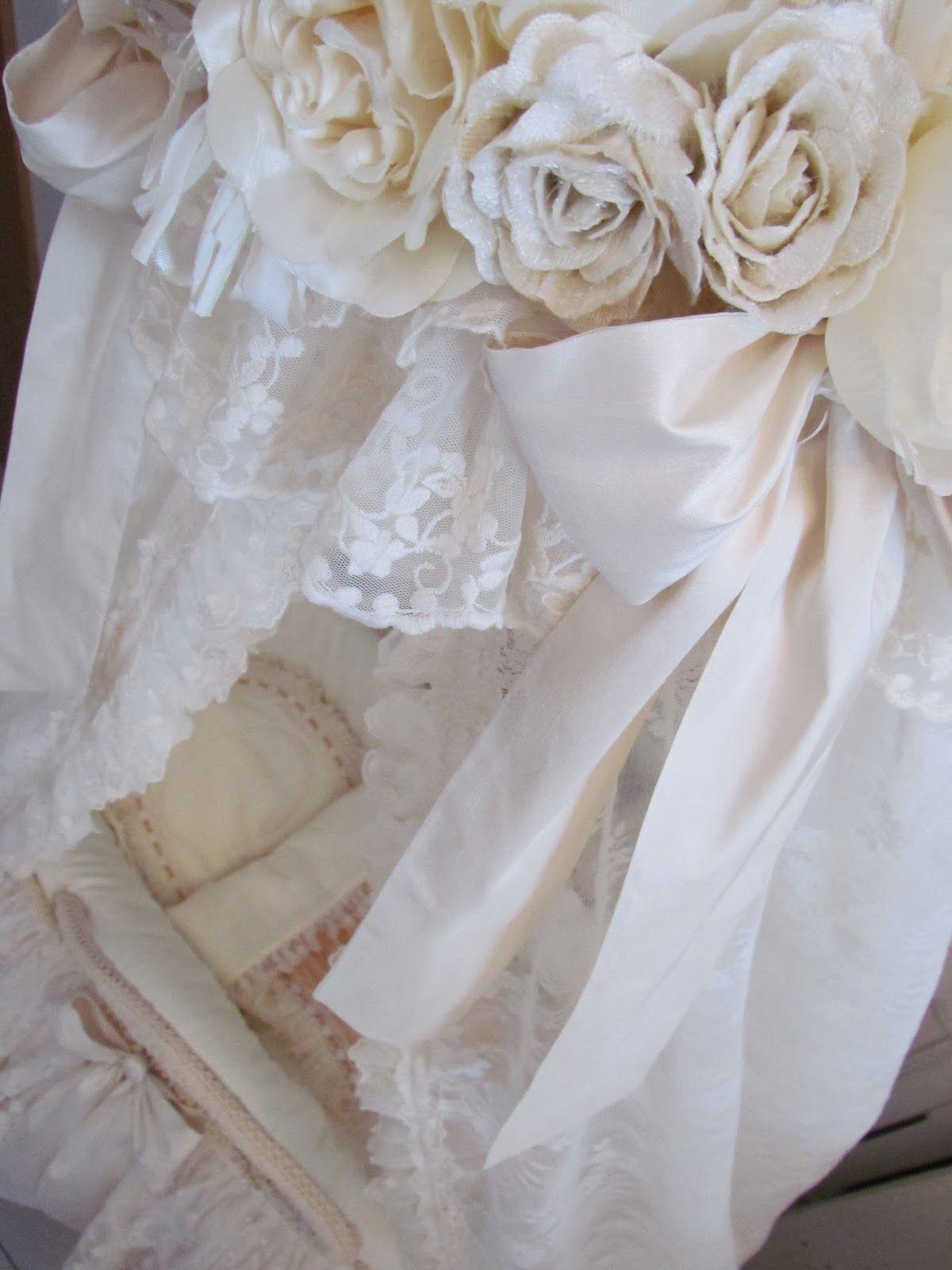 Angela Lace: cream moses basket baby details
