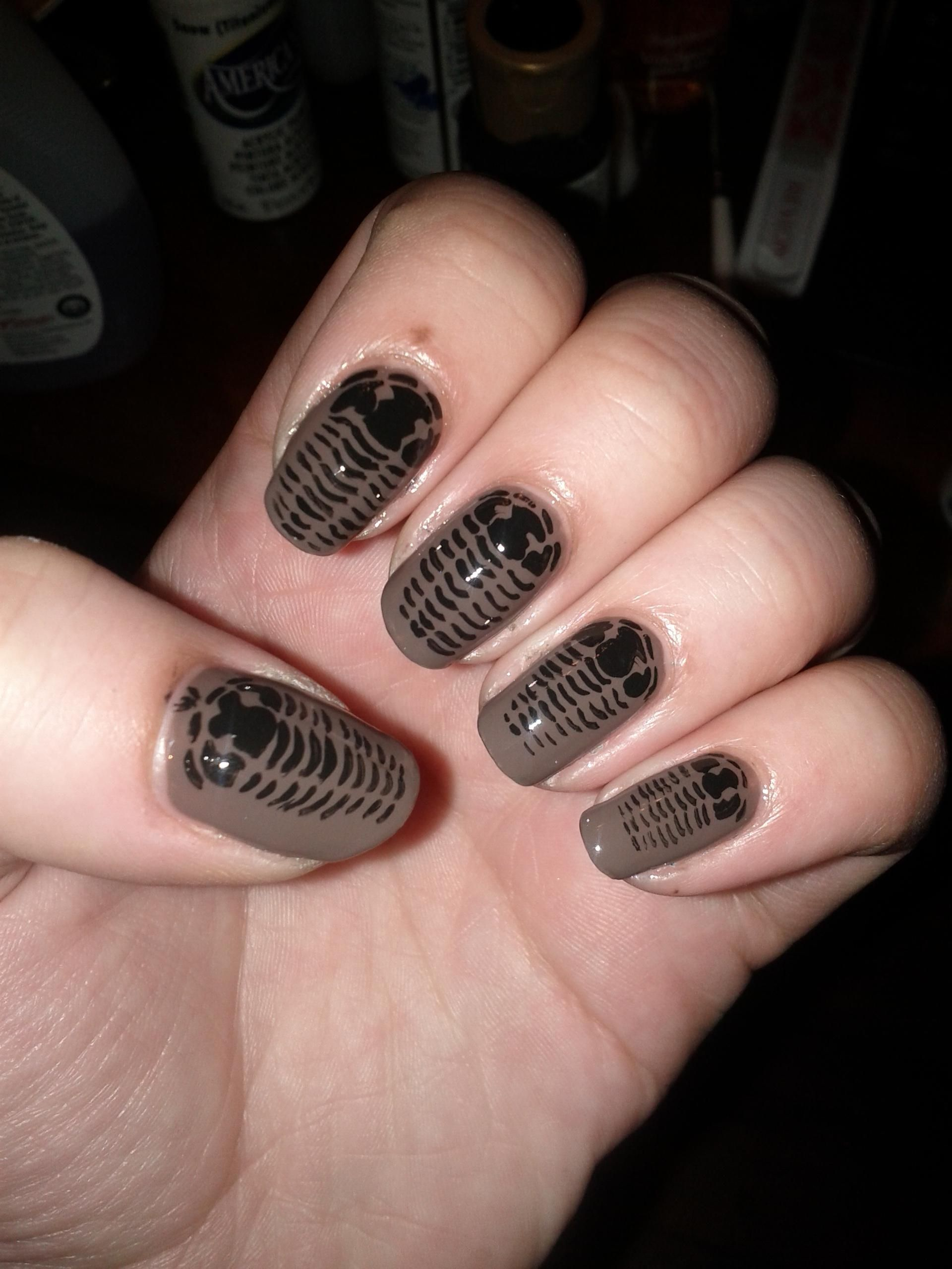 Trilobite fossil nails!! Um, geology major - yes! | Nail Art | Pinterest