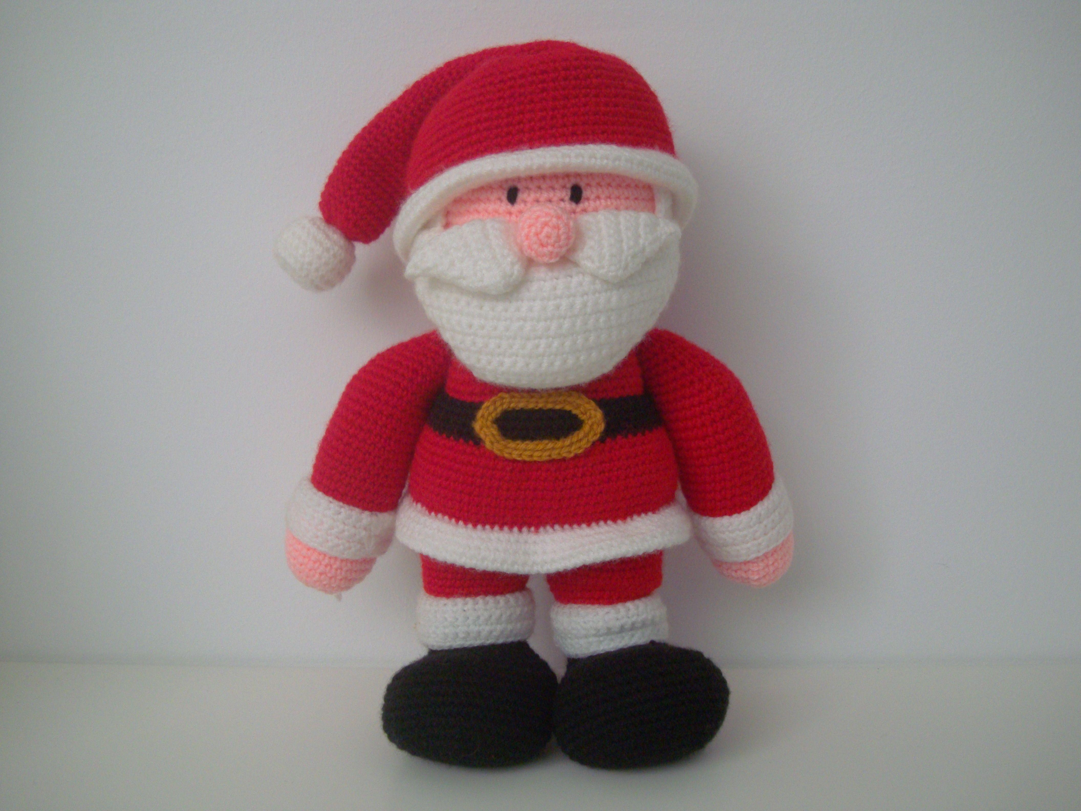 Amigurumi Santa Claus https://www.facebook.com/hilaria.fina ...