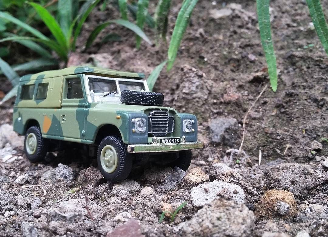 Land Rover series III 109 cararama  scale 1/72 Jumat 19 Februari 2016  #cararama #diecast #diecastcars #diecastcollector #diecast_daily #diecastindonesia #toys #toy #toyphotography #toyplanet #toyslagram #photograph #car #instacar #classiccar #hotwheels #landrover #landroverdefender #landroverseries #pickup #natural #scale172 #mattel #idregramtime #army #armycar #metal  Take  with #samsunggrandprime by andrepurwantoo Land Rover series III 109 cararama  scale 1/72 Jumat 19 Februari 2016  #cararama #diecast #diecastcars #diecastcollector #diecast_daily #diecastindonesia #toys #toy #toyphotography #toyplanet #toyslagram #photograph #car #instacar #classiccar #hotwheels #landrover #landroverdefender #landroverseries #pickup #natural #scale172 #mattel #idregramtime #army #armycar #metal  Take  with #samsunggrandprime