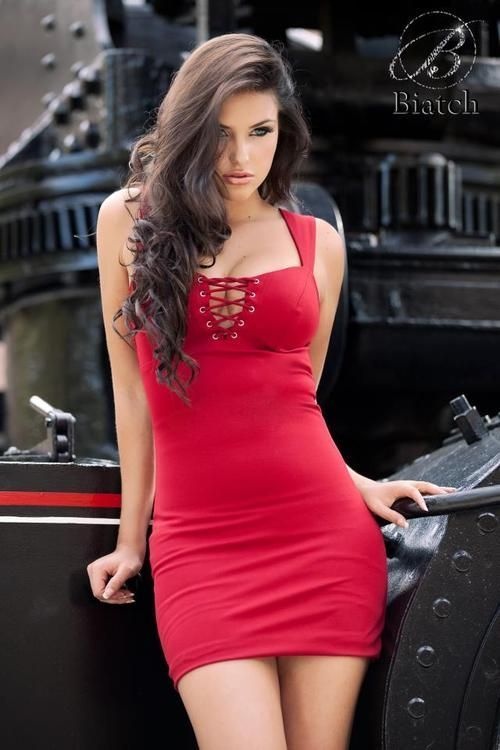 sexy-christmas-eve-red-dress.jpg (500×750)
