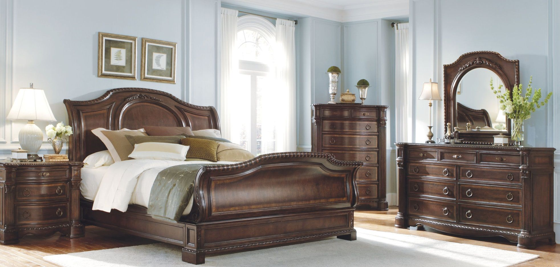 Go online and shop for the desire furniture available with the best price. http://daydreamfurniture.com/