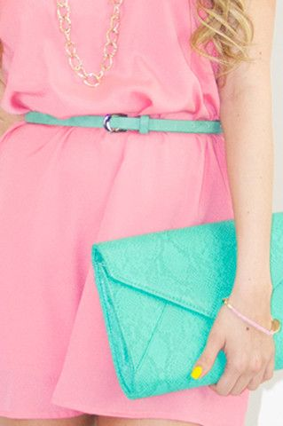 Dress + bag + nails. Just a great color combo.