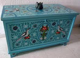 Resultat De Recherche D Images Pour Artisanat Tunisien Decorative Boxes Vintage Trunks Cool Furniture